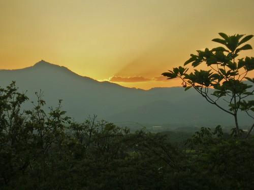 sunset sol atardecer nikon francisco tramonto cristina honduras tegucigalpa nikons1 naranja soe montañas anaranjado toncontin dimaggio morazan mywinners bruseghini macrisbruse
