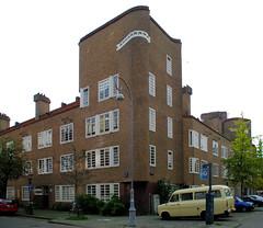 The Amsterdam School - Henriette R�nnerstraat