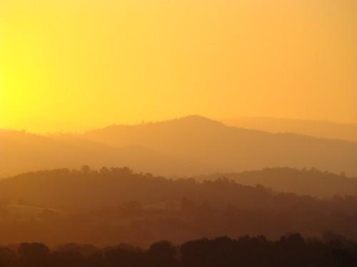 autumn orange sun foothills mountains yellow sonora rural sunrise dawn country silhouettes fran september western jamestown daybreak ranches goldenstatecaliforniasierrassonorapass108easterntuolumnecounty