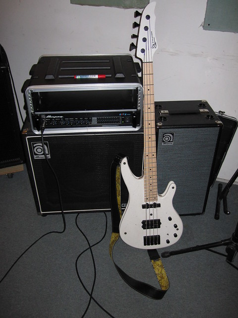 Photo:Current Bass Rig (Ampeg + Cyclotron) By spiritquest
