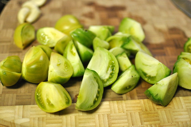 green tomato slices