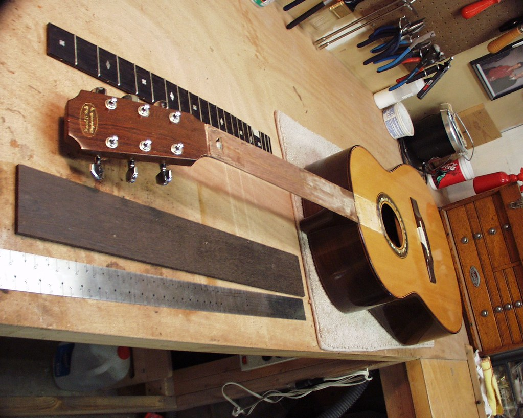 inside the ngc shop nashville guitar company. Black Bedroom Furniture Sets. Home Design Ideas