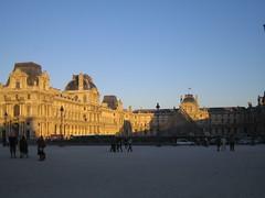 Ombre et Lumière sur le Louvre