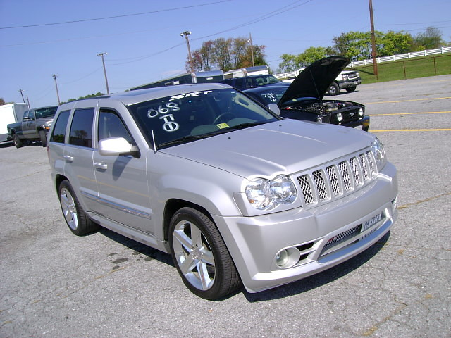 2006 jeep grand cherokee srt 8 flickr photo sharing. Black Bedroom Furniture Sets. Home Design Ideas