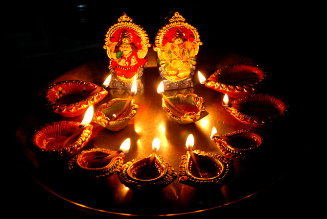 Why people purchase gold on Dhanteras ?