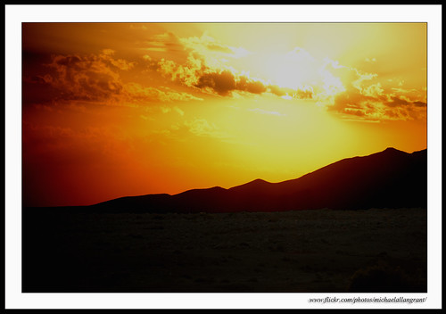 sunset mountains yellow sunrise landscape golden glow sony sigma unesco syria damascus palmyra 2010 tadmor a900 michaelallangrant
