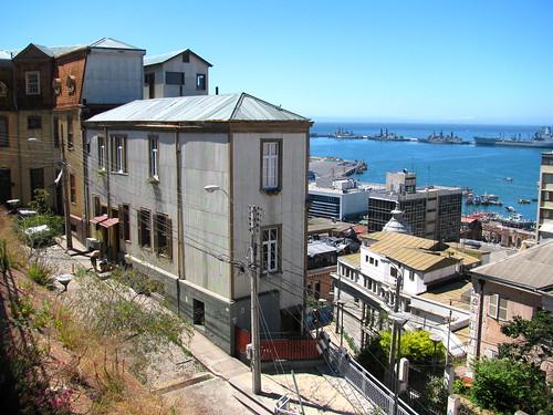Barrio histórico de la ciudad portuaria de Valparaíso by Miradas Compartidas