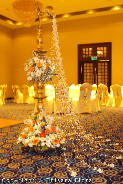 Cake Decorating Accessories In Sri Lanka : Wedding Oil Lamp Decorations from Thisara Flora Sri ...