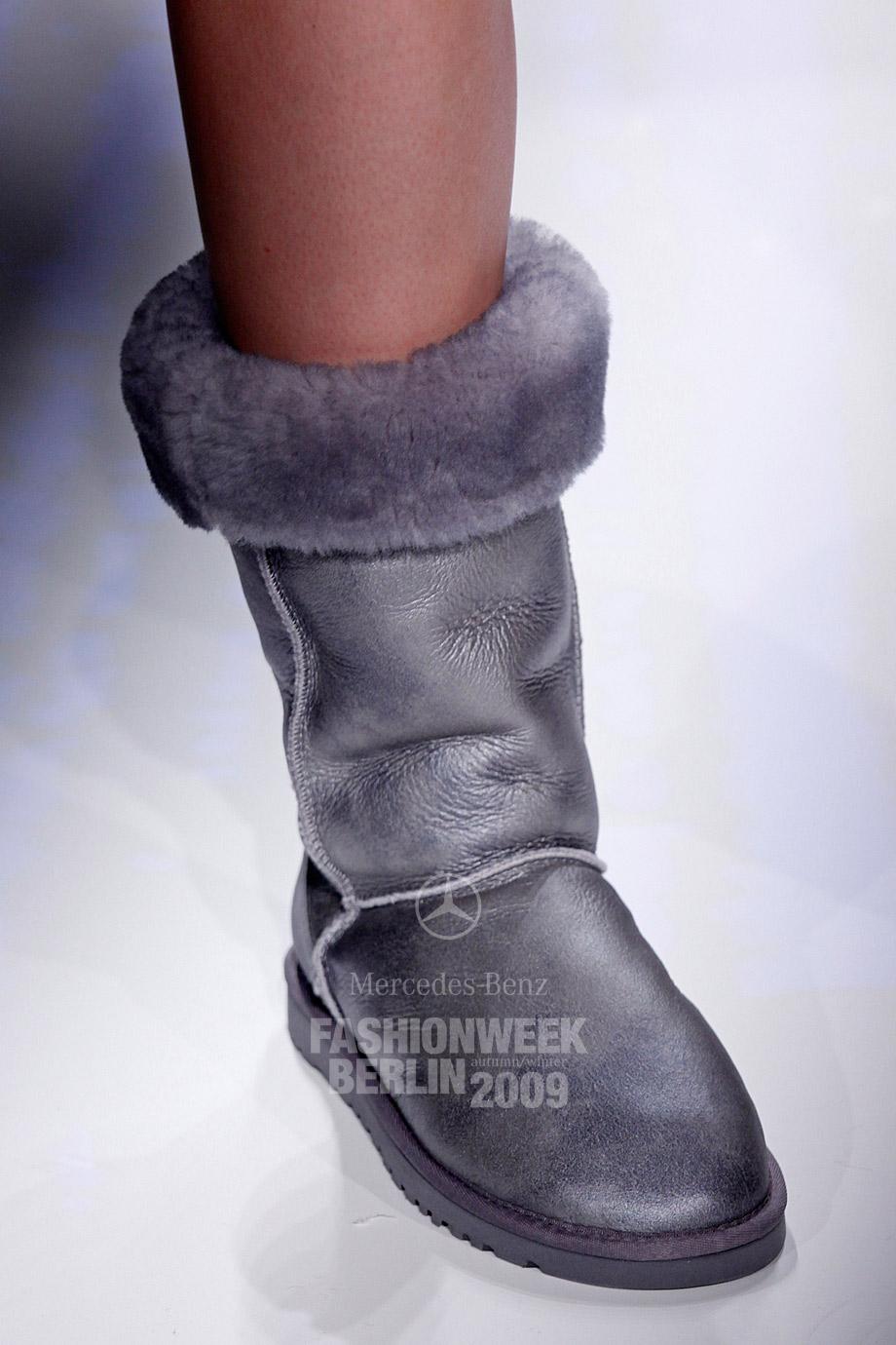 Реальные фото женских ног 23 фотография