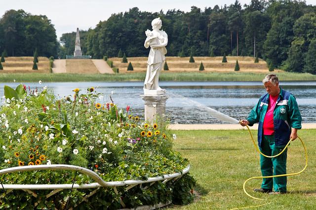 Die Statue und der Gärtner