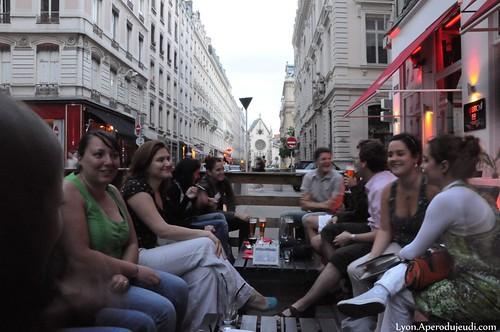 terrasses bars lyon le top des terrasses de bar lyon l 39 ap ro du jeudi. Black Bedroom Furniture Sets. Home Design Ideas