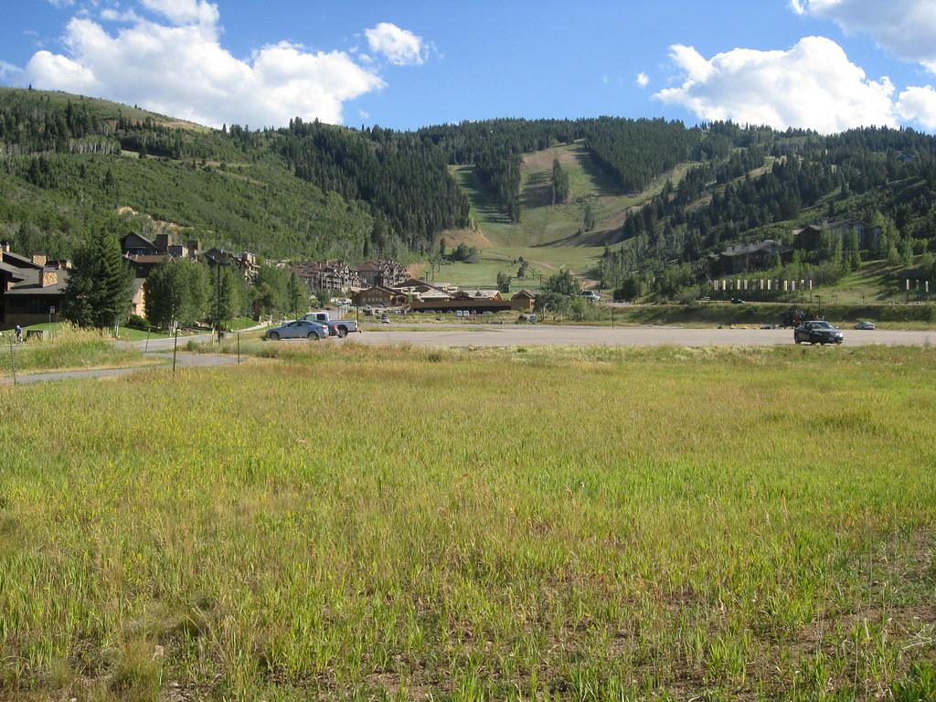 Deer Valley parking