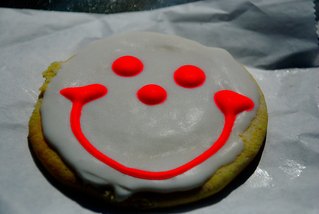Mini Smiley Cookies - 24 Wrapped Sugar Cookies Perfect for Sharing! $ 99 (35 Review(s)) | One Dozen Wrapped Original Smiley Cookies $ Be the first to review this product. Delivery of Gourmet Cookies and Cookie Gifts Online. That's right, phenomenon. Smiley Cookie Eat N Park.