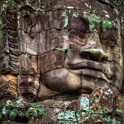 Face of the Buddha by Masat Photo