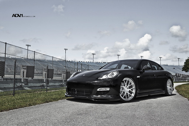 Porsche Panamera with 22 Wheels