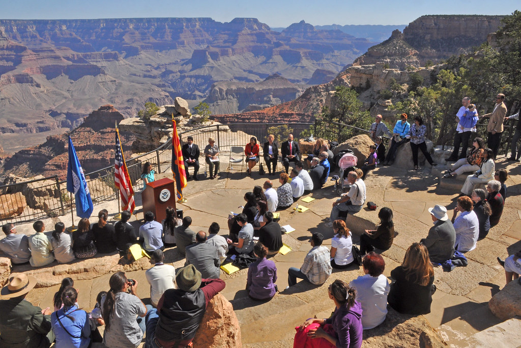Naturalization Ceremony Grand Canyon 20100923mq 0599