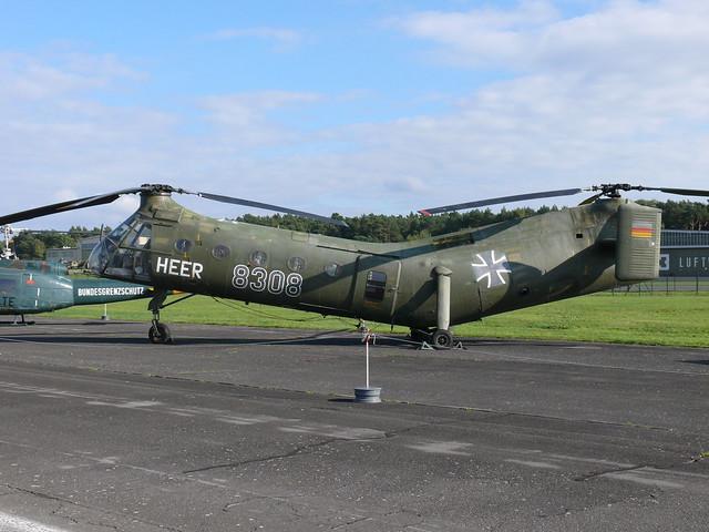 Piasecki / Vertol H-21 C (V-43)