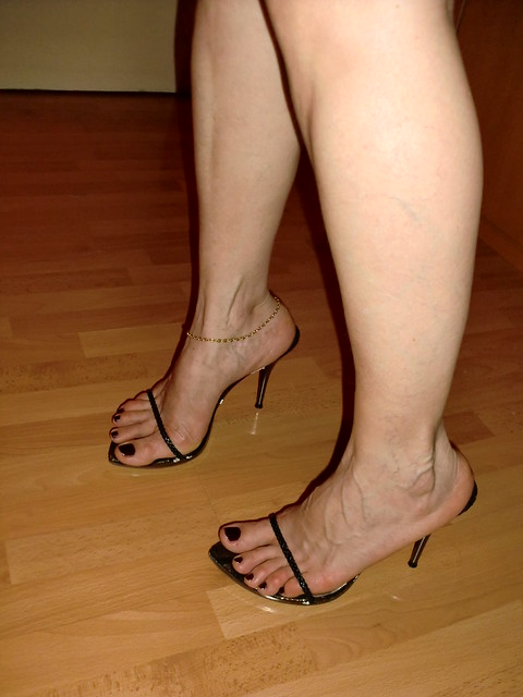 Sexy heels for wide feet