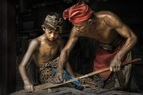Badung's Pande (Master of Metal) - Father and son (Re-processed in Cade Processing 3)