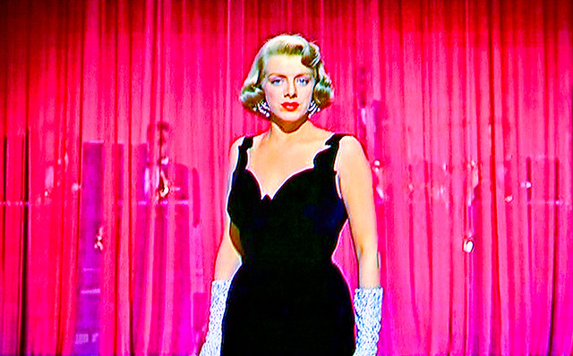 Singer/Movie Star Rosemary Clooney Belts One Out…