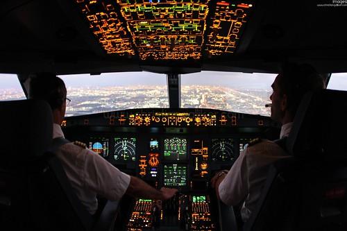 A340 Cockpit Anflug