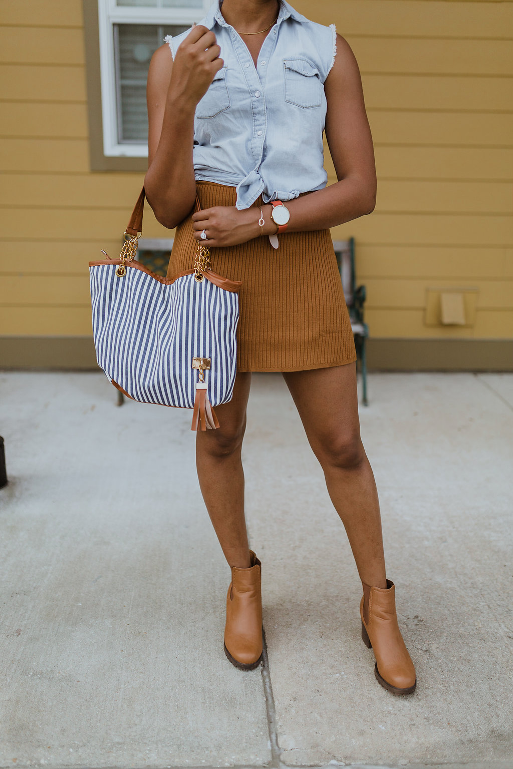 how to style a ribbed knit skirt