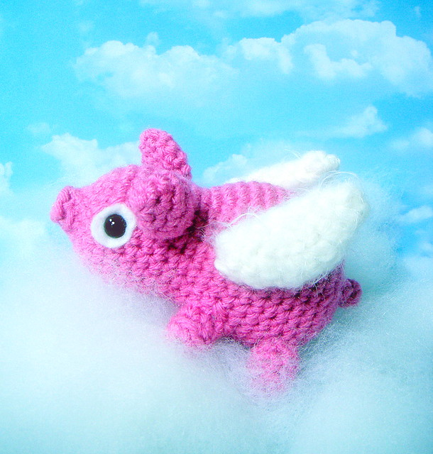 Cute Amigurumi Pigs : Flying Pig=Amigurumi pig Flickr - Photo Sharing!