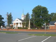 Appomattox county courthouse square appomattox virginia for M and m motors appomattox