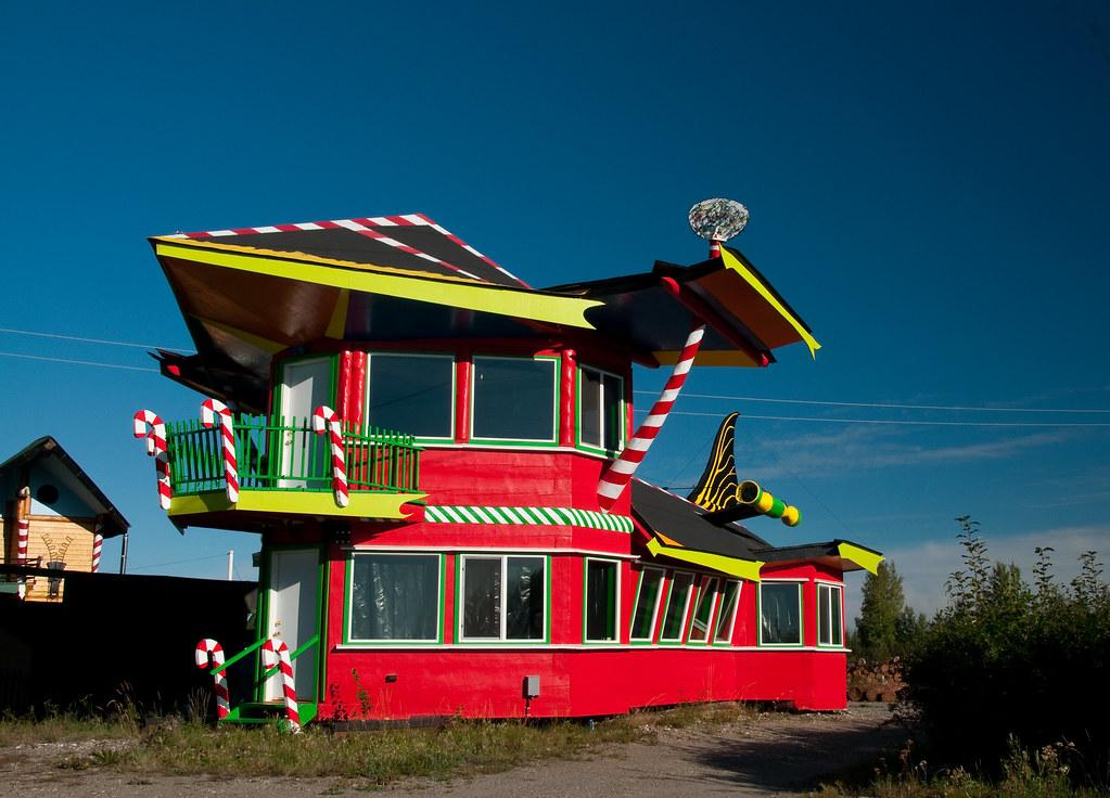 The Screaming Weasel - North Pole, Alaska