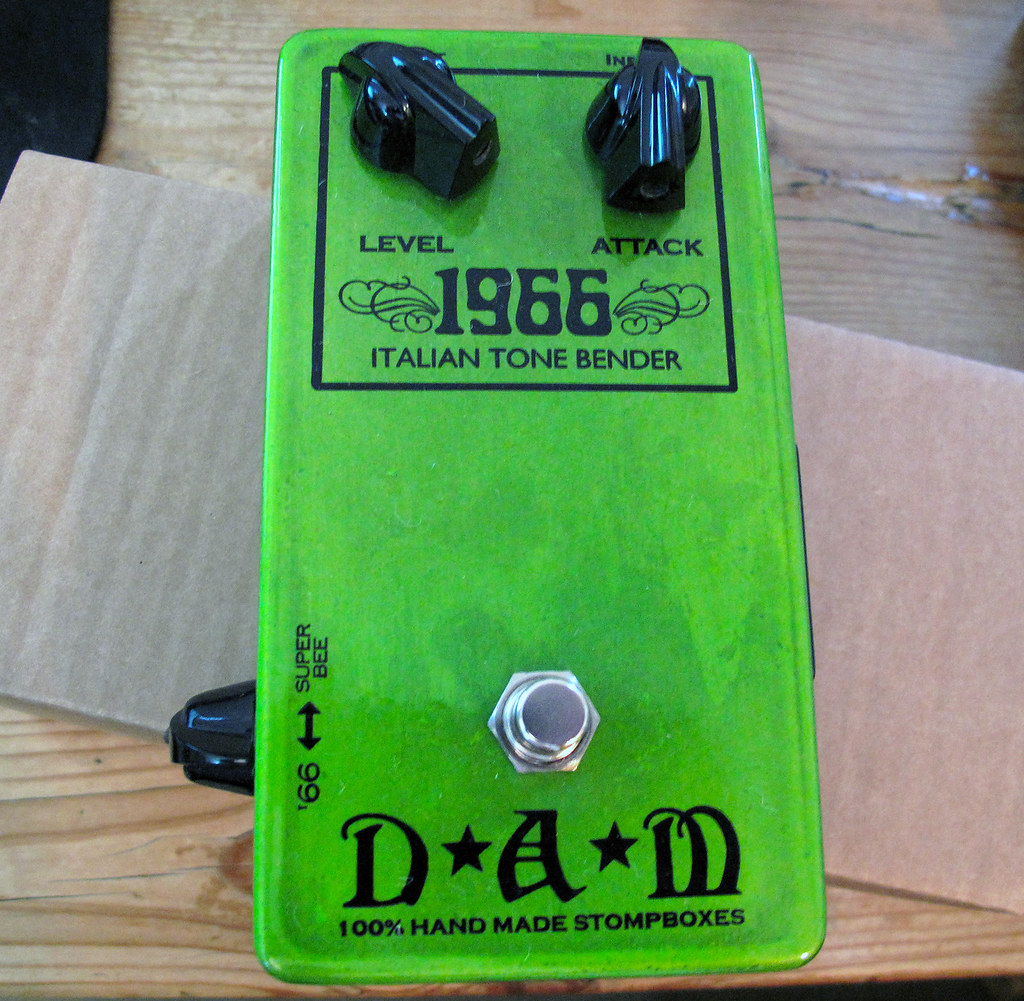 Interesting Flickr Photos Tagged Tonebender Picssr Vox Tone Bender Pedal Dam 1966
