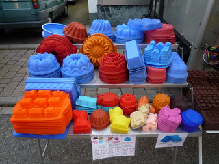 Colourful silicon baking forms