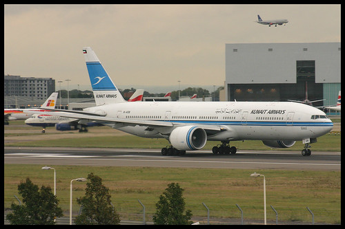 Kuwait Airways B777 200