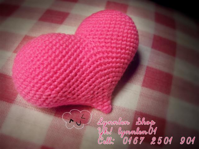Móc trái tim bằng len