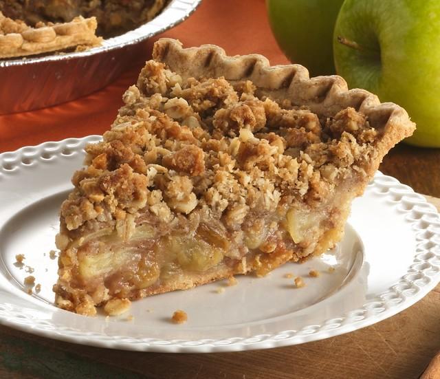 Cinnamon-Raisin Apple Crisp Pie Recipe | INGREDIENTS: Filli ...