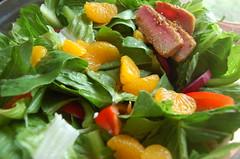 spinach salad, salad, vegetable, vegetarian food, fruit, food, dish, cuisine,