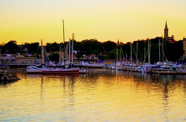 Port washington wi marina flickr photo sharing for Port washington wi
