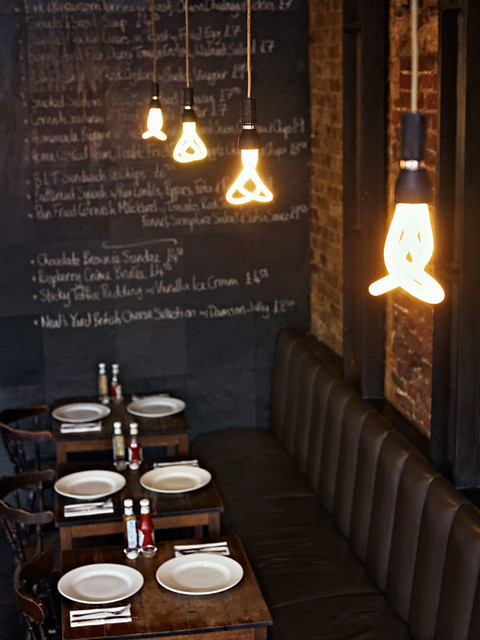 Plumen,bombilla,light bulb,beautiful,white,restaurant