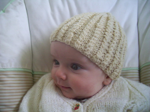 One of my favourite knitting patterns for babies, the oscar knobbly cable hat.