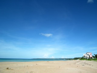 Image of 夏都沙灘排球區 Beach with a length of 1411 meters. taiwan kenting kclama
