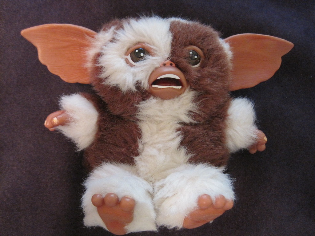 Gremlins 6 Plush Scared Gizmo By Neca A Photo On Flickriver