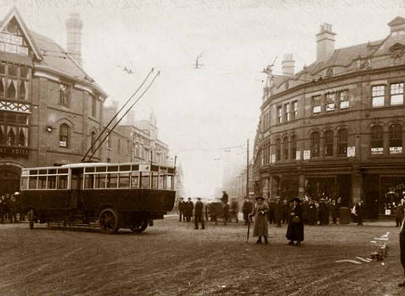 Early trolleybus Broad St