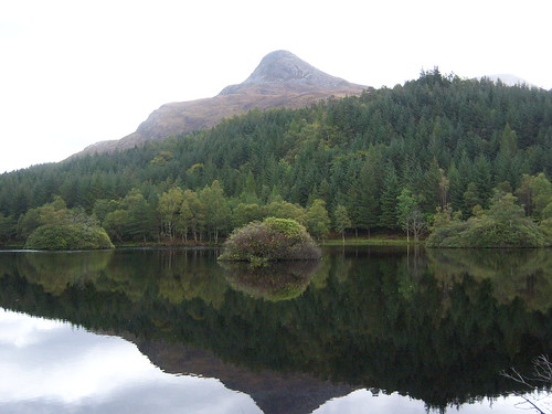 wood mountain lake reflection tree green nature water forest landscape island grey scotland highlands view reflected reflect glencoe loch autumnal waterreflection waterscape scottishhighlands kodakeasyshare803vzoom