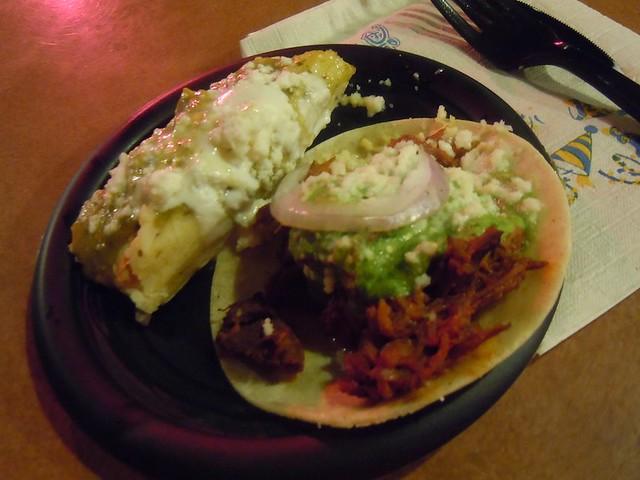 Mexico tamal de pollo and taco de chilorio explore - Tacos mexicanos de pollo ...