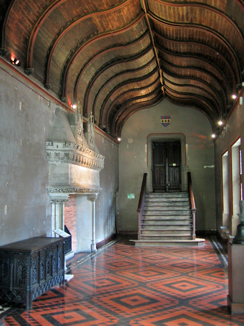 Hall with ogee arch ceiling, Palais Jacques Coeur, Bourges, France