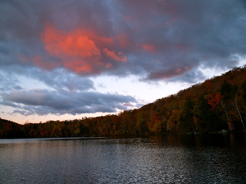 new morning autumn england white mountains fall clouds forest sunrise pond russell sunsets hampshire foliage national sunrises storms sunsetsandsunrises cloudsstormssunsetssunrises