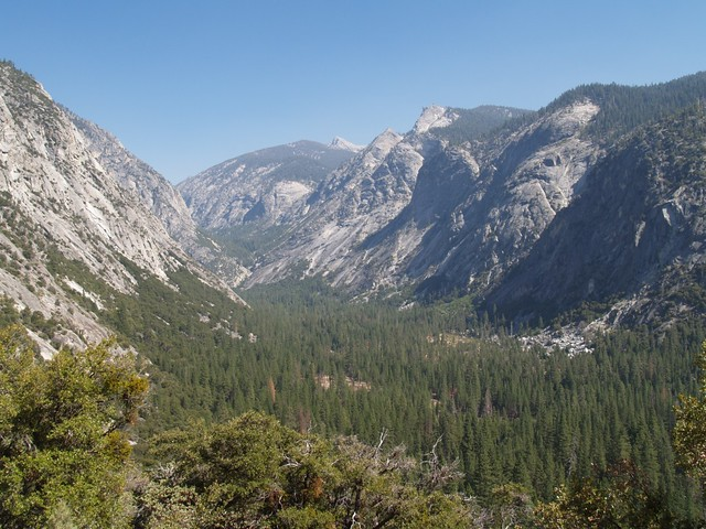 View east up the Kings Canyon on the final set of switchbacks on the Copper Creek Trail