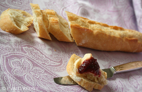 Baked Brie en Croute With Raspberry Baked Brie en Croute With