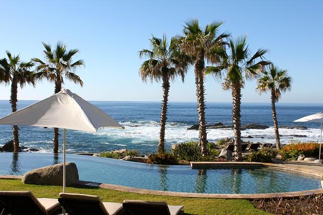 Cabo Villas Pool Grill
