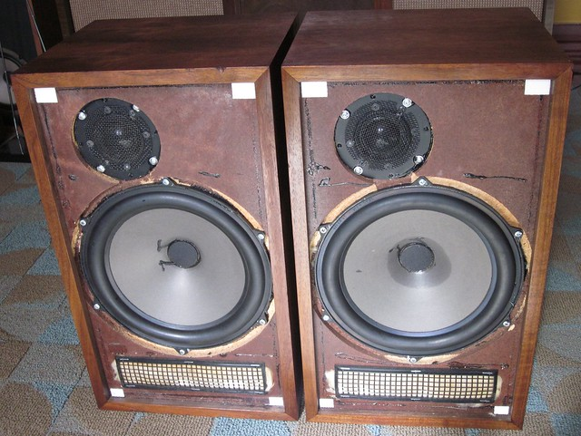 Dynaco A-Speakerswith original stands For Sale - Canuck