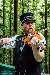 Violinist train conductor